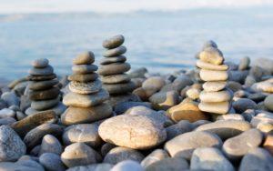 В чём разница между саморазвитием и самосовершенствованием?