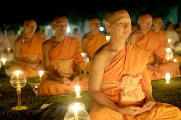 медитация перед сном и монахи